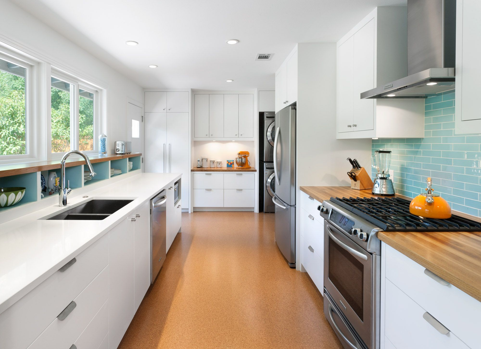 Kitchen cabinets gallery new style kitchen cabinets corp for Top rated kitchen cabinets
