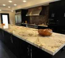 Custom Kitchen with Luxury Granite Countertop